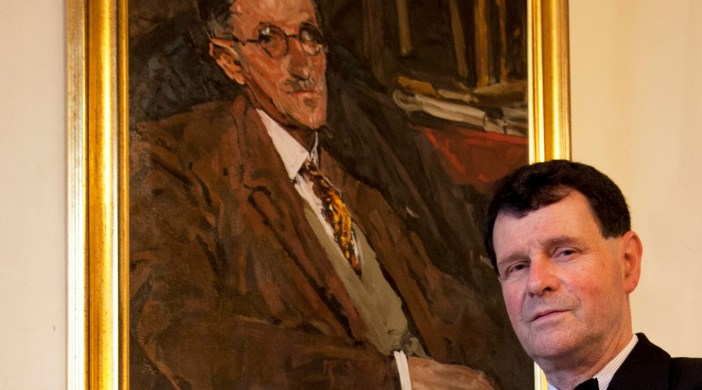 Dublin actor Neil O'Shea and James Joyce portrait (supplied pic)