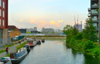 HackneyWick: canals nr Hackney Wick, Olympic Park London 170813 © david.altheer@gmail.com