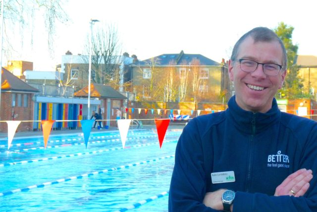 LidoRaf©DA14:© david.altheer@gmail.com London Fields Lido manager Rafal Cymbalista 190120