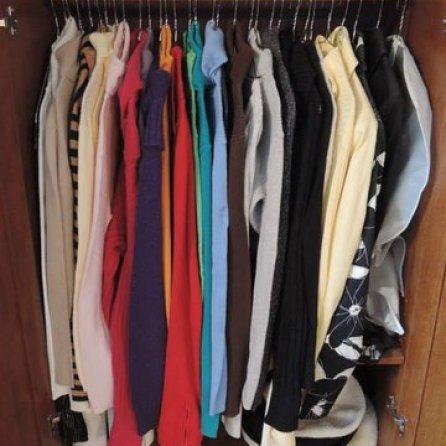 Sweater Closet-Armoire
