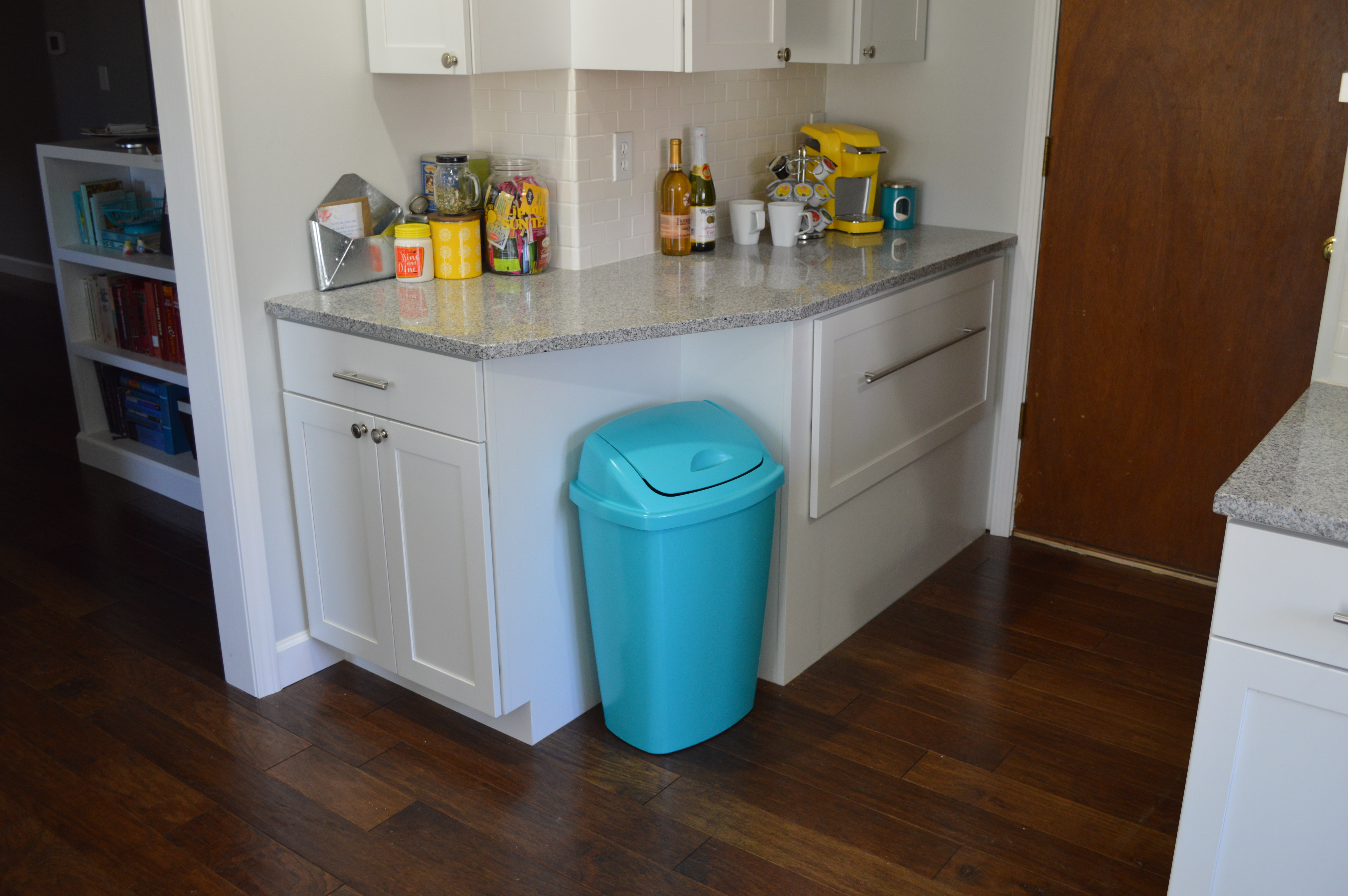 A Trash Can Plan – Painting Our Cheap, Plastic Kitchen