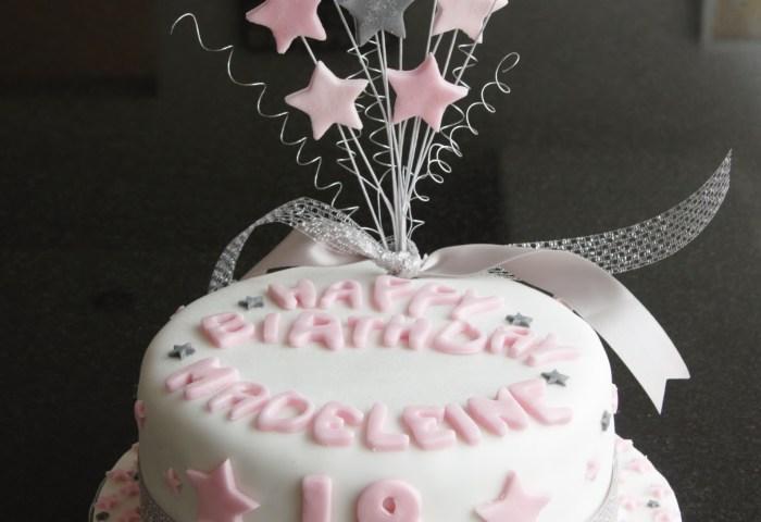18th Birthday Star Cake And Cupcakes Lovinghomemade
