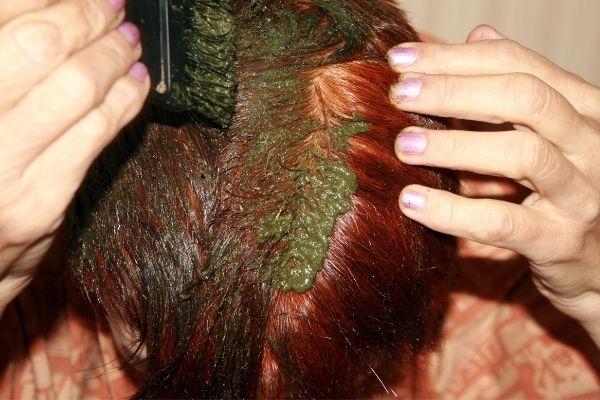 Disadvantages of applying henna on hair