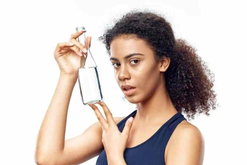 home remedies for dry and frizzy hair