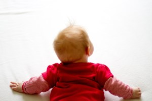 Practical Ways To Get A Reflux Baby To Crawl