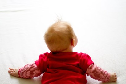 Teach your baby to crawl