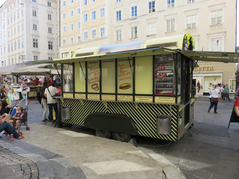 loving Salzburg TV |Stockers Würstelzug