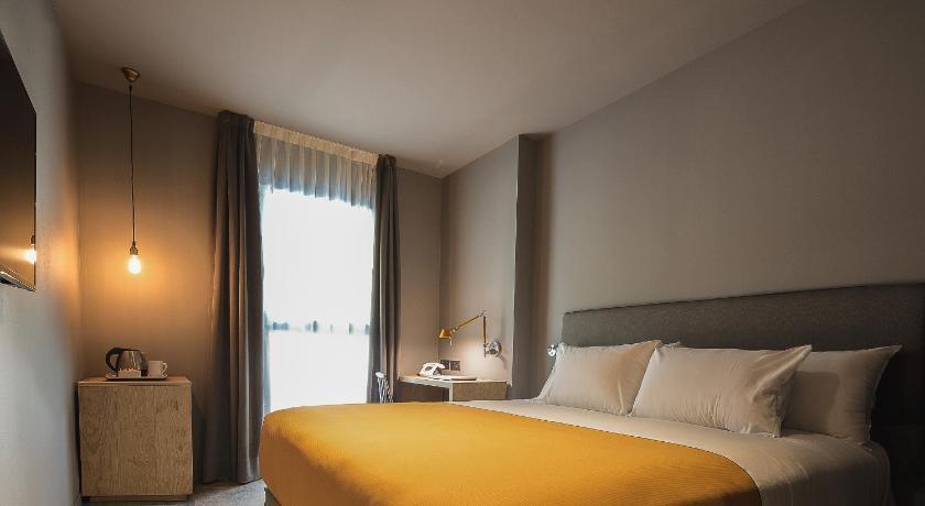 Yurbban-Trafalgar-Hotel