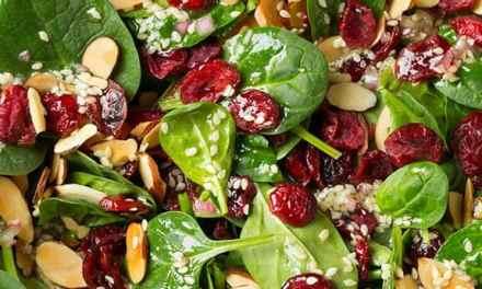 Receita de Salada de Espinafre Low Carb
