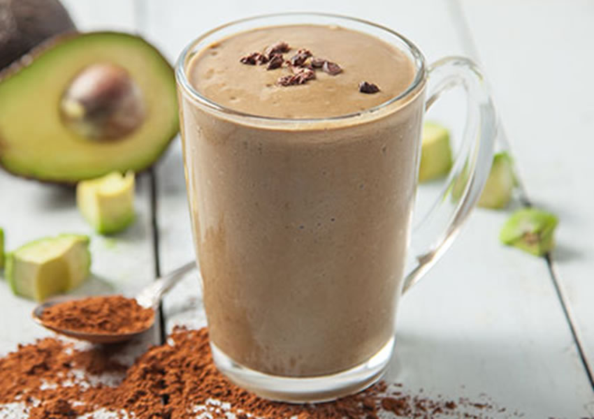 Receita Smoothie de Abacate com Cacau Low Carb