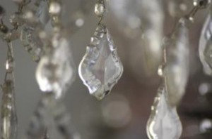 chandelier-gipsy-crystals_19-105641-300x198