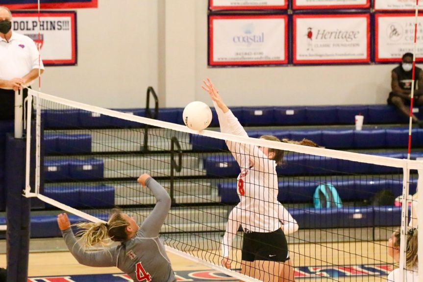 HSVB: Dolphins fend off Rebels to stay undefeated