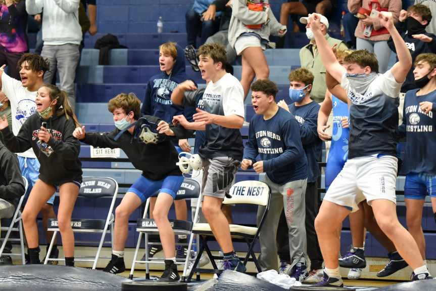 HSWR: Boatwright's pin lifts Seahawks to thrilling win