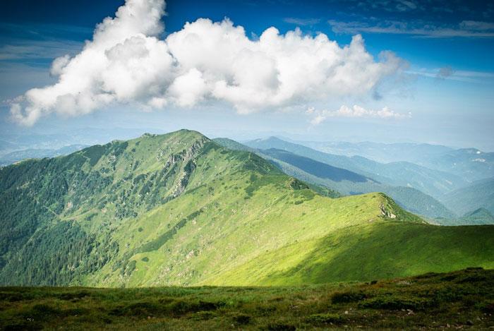 Панорама румунських Карпат