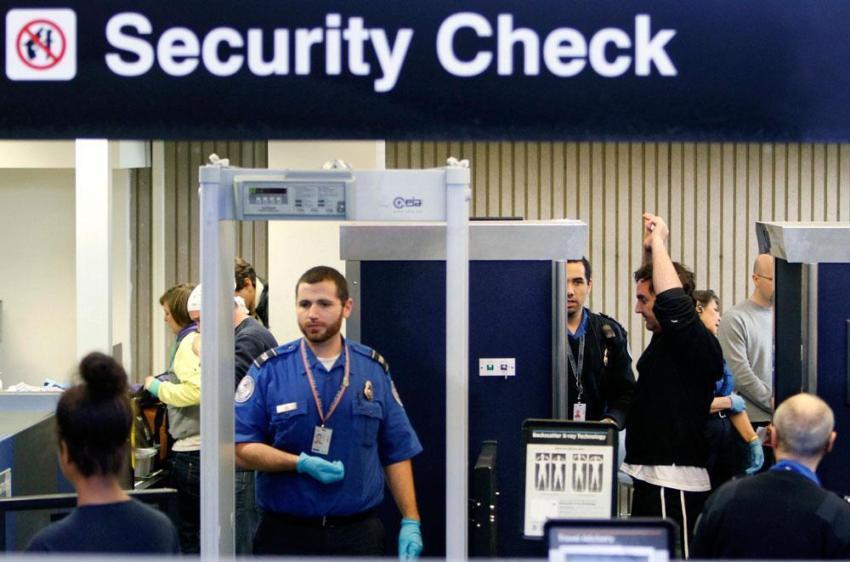 Секюріті чек в аеропорту