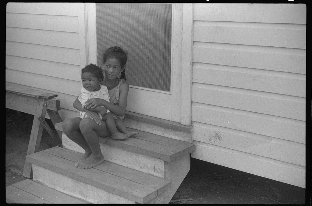 Children of the Oliver Family, Tenant Farmers, Summerton, SC, June 1938