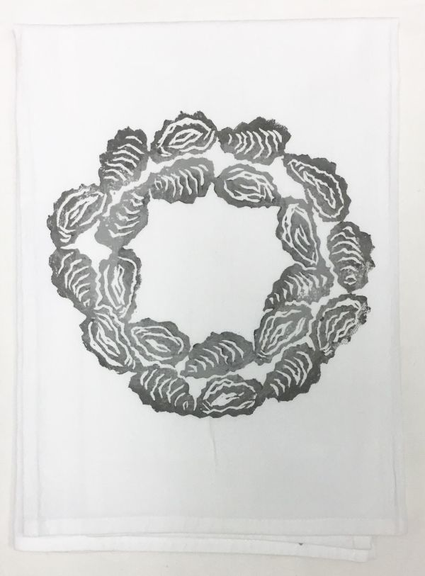 oyster shell wreath towel