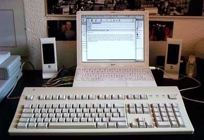 iBook with Extended Keyboard II