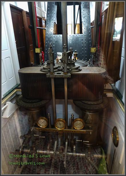 Massive engine