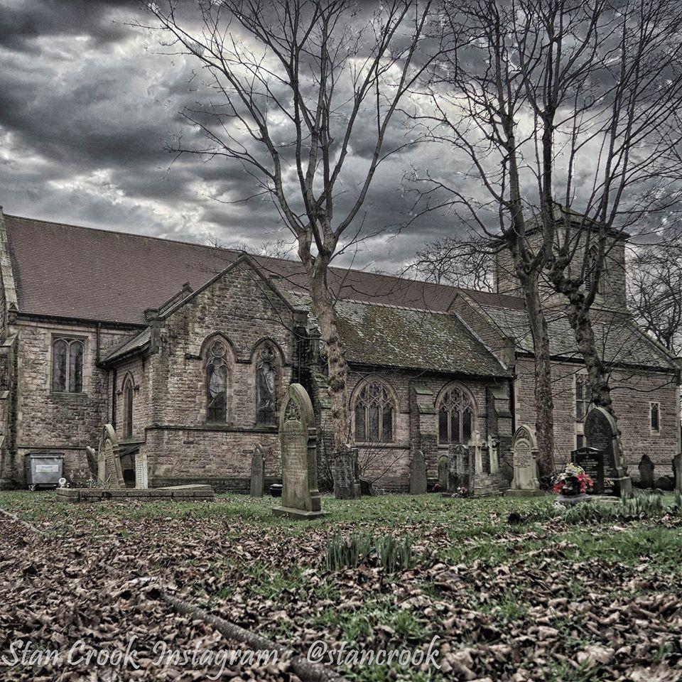 St Thomas's Church, Golborne, a Grade 2 Listed building