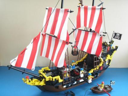 lego-pirate-ship