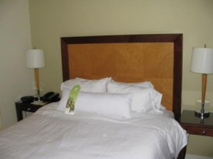 vancouver-westin-grand-bedroom