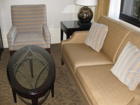 Westin St. Francis 1016 Junior suite furnishings