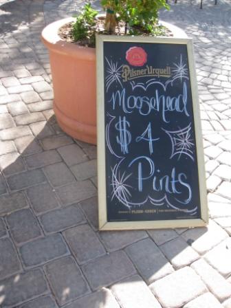 Chalk Signs, Not Neon Prevail at Lake Las Vegas