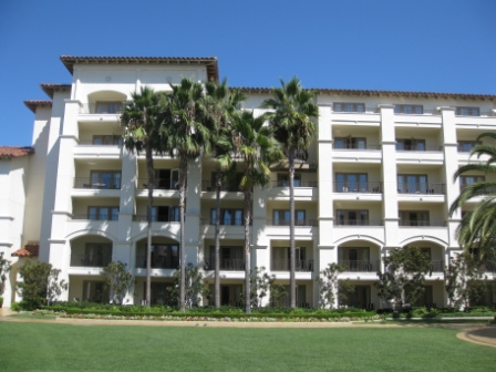 Monarch Beach Grand Lawn view of North Wing rooms