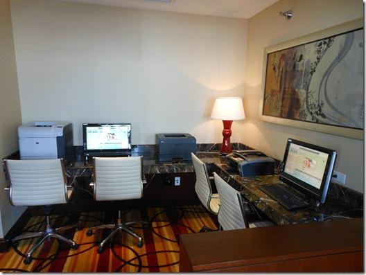 Frank Lloyd Wright-JW Marriott 047