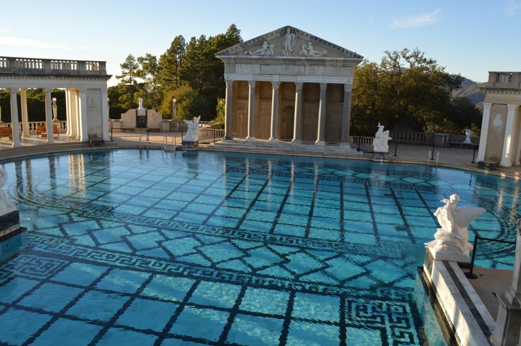 Hearst castle la cuesta encantada loyalty traveler - Hearst castle neptune pool swim auction ...
