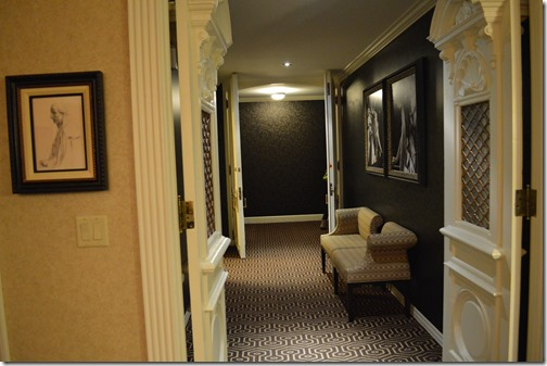 Capone Suite entry-2