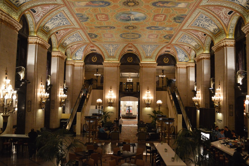 Palmer house hilton history of chicago 39 s oldest hotel for Palmer homes