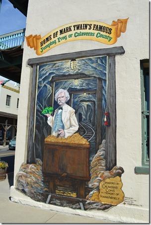 Twain mural