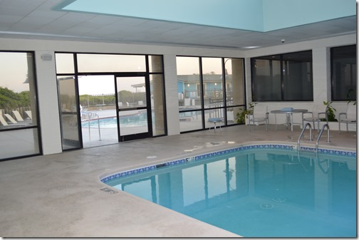 DoubleTree indoor pool
