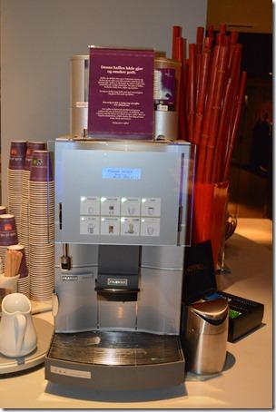 Folketeateret coffee