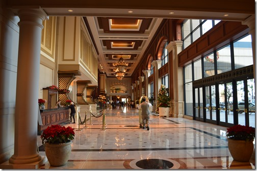 Grand Hyatt SD lobby
