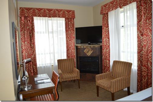 Comfort Inn fireplace