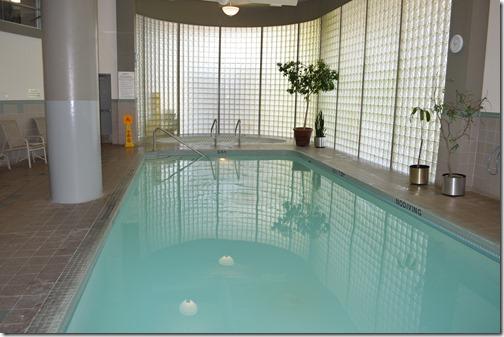 Radisson Pool