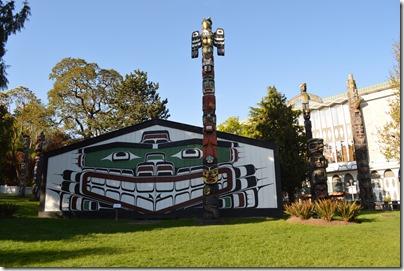 Victoria totems BC Royal