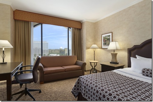 Wyndham Anaheim Room_Picture[1]