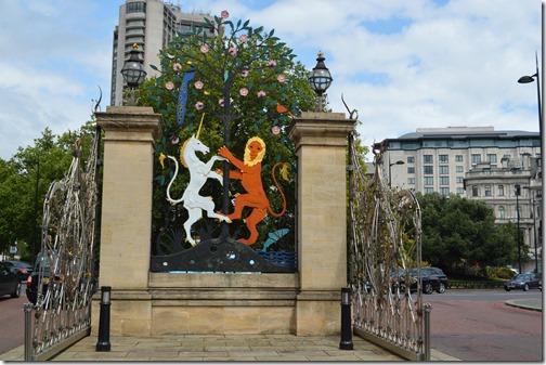 Hyde Park SE gate