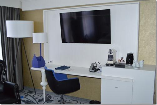 Rad Blu room2b