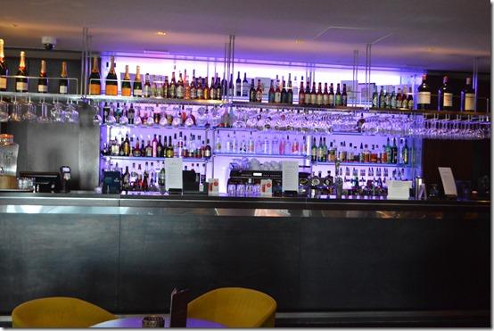 Reykjavik Hilton bar