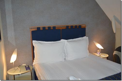Rad Blu BTS bed