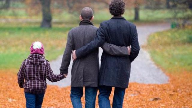 Genitori omosessuali