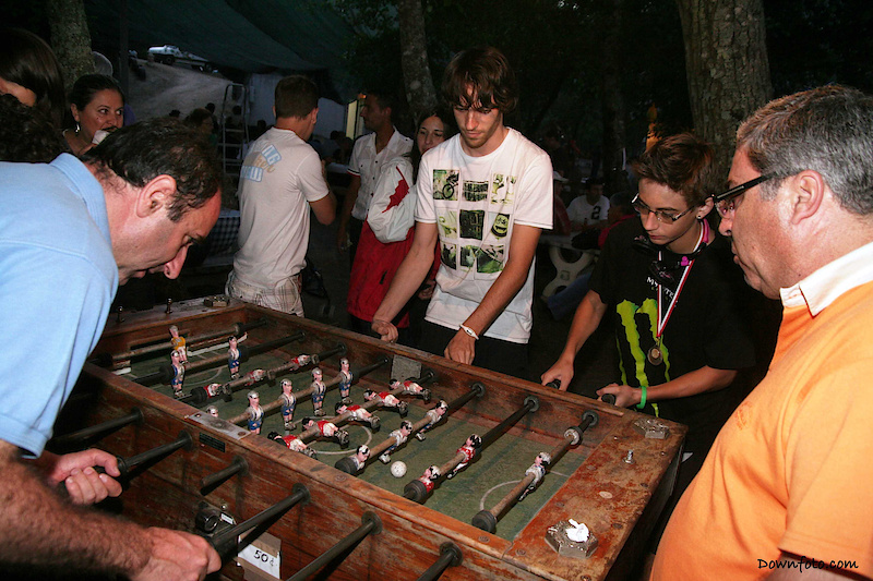 "me and ventura play ""matrecos"" against joão and is father / photo by Zé Liberal"