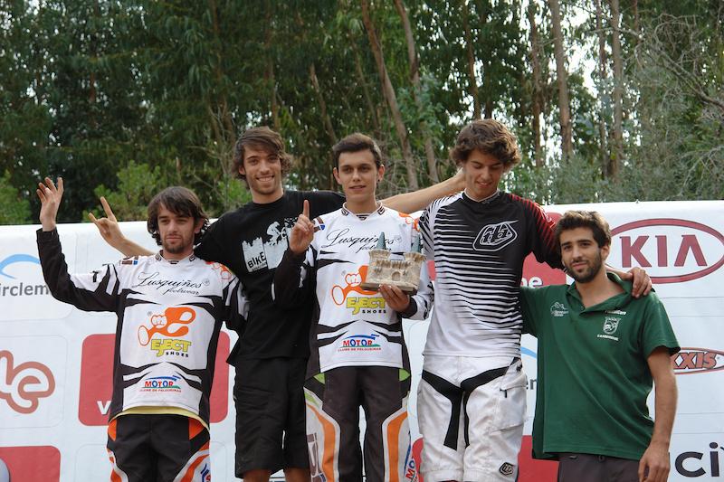 "??, Zé ""Maradu"", ??, Telmo, Palito ( 2nd place, podium promoção) / photo by Tina"