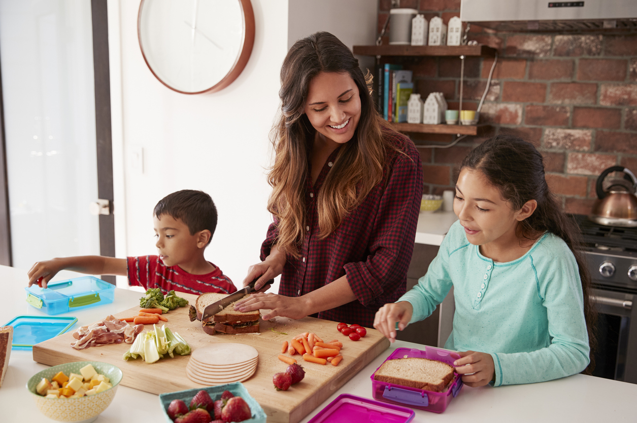 How to Help Kids Eat Healthier