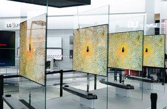 LG發表全新W系列OLED電視:厚度僅2.57mm,掛在牆上就像一幅畫